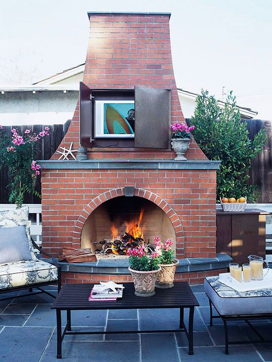 Fireplaces tvs and outdoor on pinterest for Outdoor rooms with fireplaces