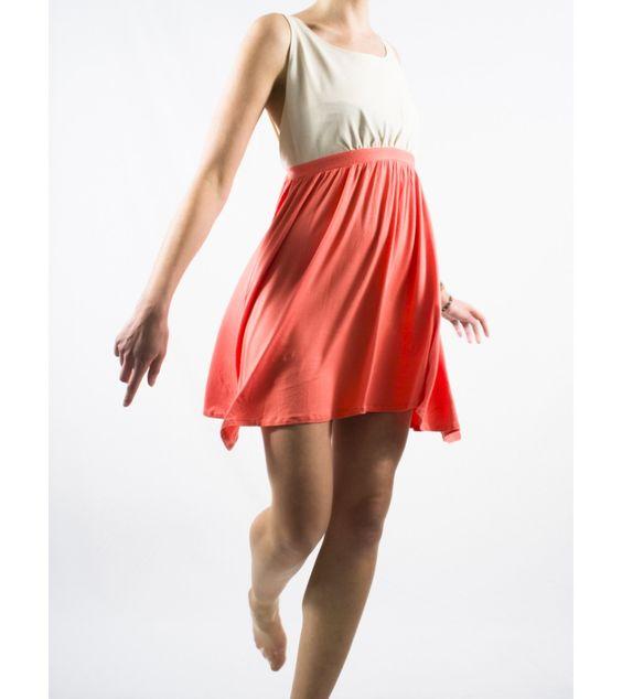 La robe tablier de chez Shifumi. Selon moi, elle représente le printemps à la perfection !