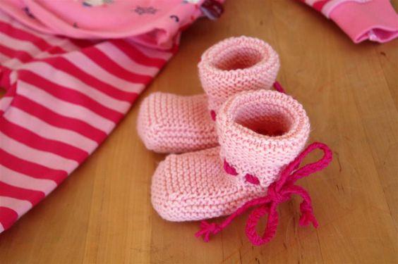 Strick- & Häkelschuhe - Baby Merino Schuhe in Wunschfarbe / -länge - ein Designerstück von -Wimmelkinder- bei DaWanda