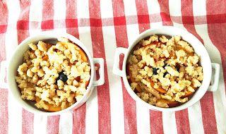 Crumble hyper croustillant Pêches abricots myrtille cannelle