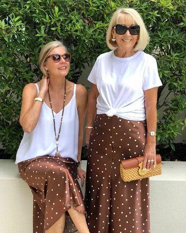 2 стильные подруги в 55+ одеваются одинаково: кто смотрится лучше? | OK.RU