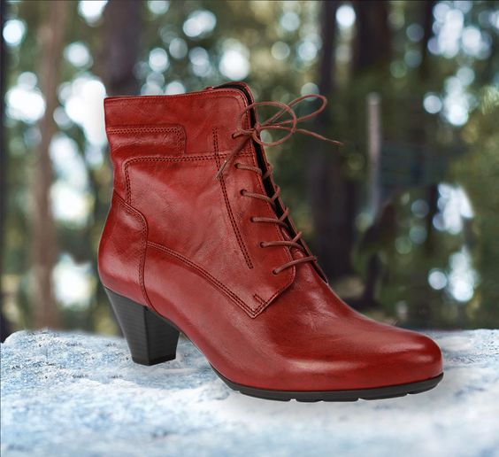 Neue Herbst / Winter für Schuhe in Übergrößen bei SchuhXL. Die großen Damenschuhe gibt es ab sofort im stationären Fachgeschäft für Schuhe in Übergröße in 48499 Salzbergen im ehemaligen Möbelhaus Rautland und natürlich im Webshop für Schuhe in Übergrößen unter   => https://www.schuhxl.de/a-10747/  Größen: EU 42, 43, 44   SchuhXL - einfach schöne XXL Schuhe