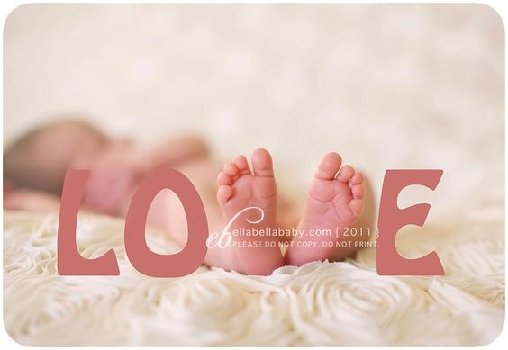 Baby picture idea. Precious.  I LOVE this for a grandbaby pic (If I ever get one)