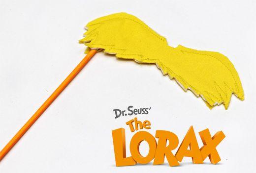 DIY Lorax Mustache! #Dr. Seuss
