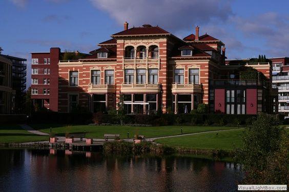 Weesp  Van Houten-villa