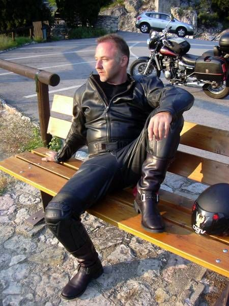 Pin by Craig Hull on Leathermen | Black leather biker jacket