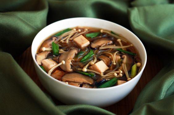 Japanese Mushroom, Tofu and Vermicelli Soup Recipe