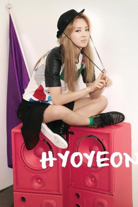 Hyoyeon 3 : Soshi Clock - 2012 Girls' Generation Diary App