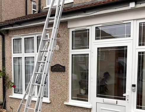 Have A Look At Our Online Site For A Little More Involving This Outstanding Photo Window Cleaning Solutions Commercial Window Cleaning Window Cleaning Services