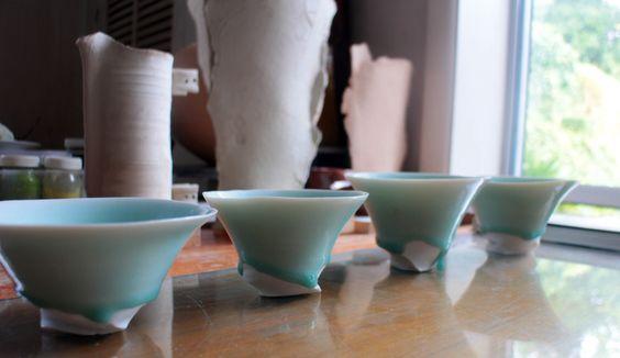 Porcelain bowls. By Grancy Fu.