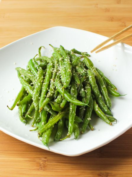 Garlic-Parmesan Sesame Stir Fry Green Beans make for a healthy and delicious flavour packed side dish!