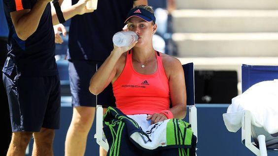 Zwei Deutsche in Runde drei: Kerber bleibt bei US Open auf Kurs