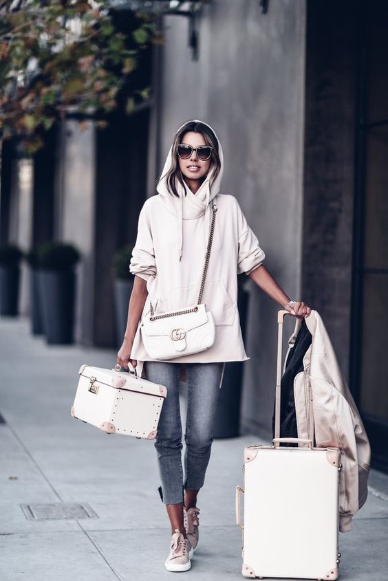 Fashion Blogger Diaries: NYFW Fall 2017 With Annabelle Fleur From The Viva Luxury @vivaluxury