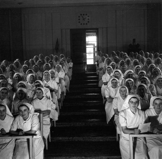 Robert Doisneau Ecole d'infirmières 1942