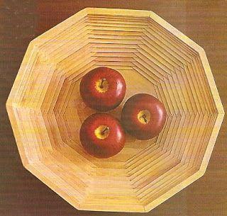 Reciclar es construir muebles y mucho m s con palos de for Cosas hechas con paletas de madera