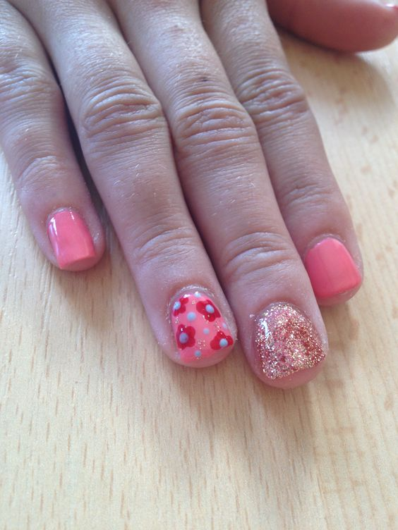 Sisters nails with red carpet manicure, loose glitter, flowers. Gel ...