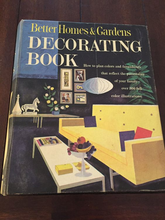 Better Homes and Gardens Decorating Book 1961 by RandRVintageBooks