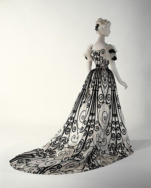 I could rock this dress