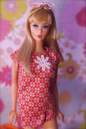 Barbie - Vintage Twist n' Turn Barbie - Blonde