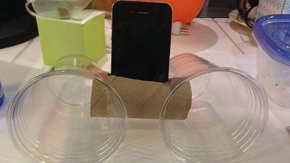 17 Simple Office Hacks That Would Make MacGyver Proud. I Invented #2 Long Ago. - http://www.lifebuzz.com/office-hacks/