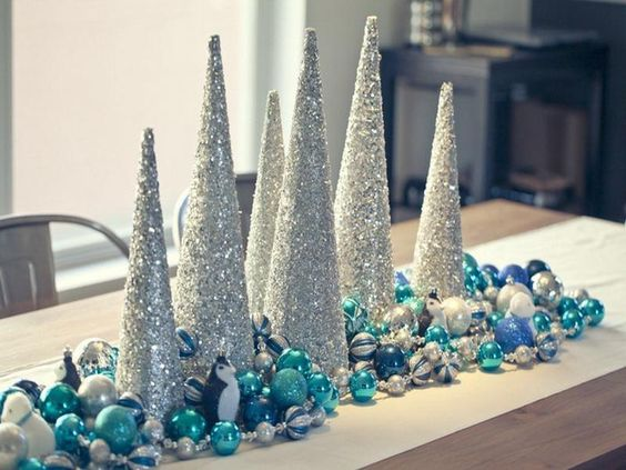 Resultado de imagen para martha stewart christmas table decorations