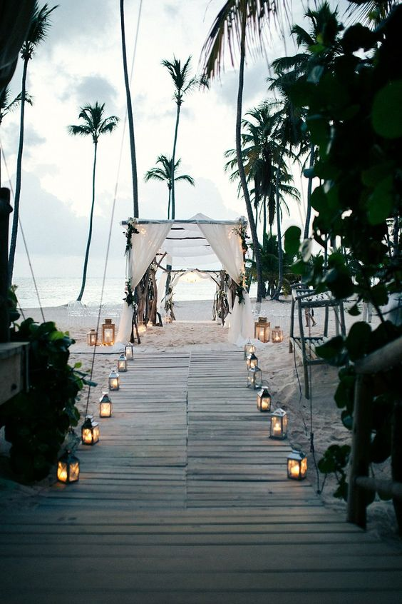Beach wedding in the Dominican Republic By Asia Pimentel Photography: