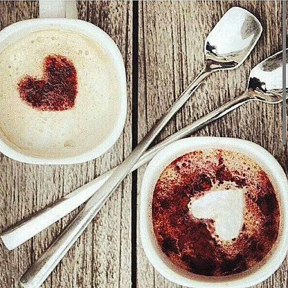 Bom dia e uma boa semana a todos com muito amor e café! ❤ ❤ ❤  #canecas #caneca #mug #mugs #mugslovers #muglovers #bomdia #goodmorning #morning #manhã #segundafeira #segunda #monday #chá #tea #café #coffee #chocolatequente #snack #lanche #amor #love #usekanekas #kanekas