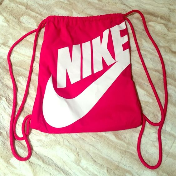 Hot pink & white Nike drawstring bag | Nike, Pink and On back