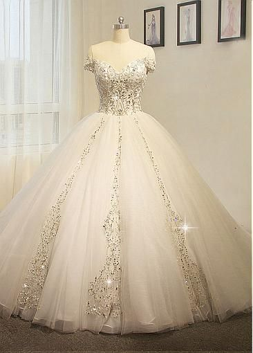 dressilyme.com provides top quality Brilliant Tulle Off-the-shoulder Neckline Ball Gown Wedding Dress With Beaded Embroidery. Buy discount Brilliant Tulle Off-the-shoulder Neckline Ball Gown Wedding Dress With Beaded Embroidery with paypal directly from reliable online marketplace.