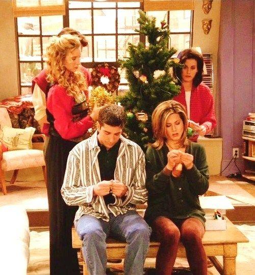 Friends Friends Christmas Episode Friends Tv Friends Tv Show