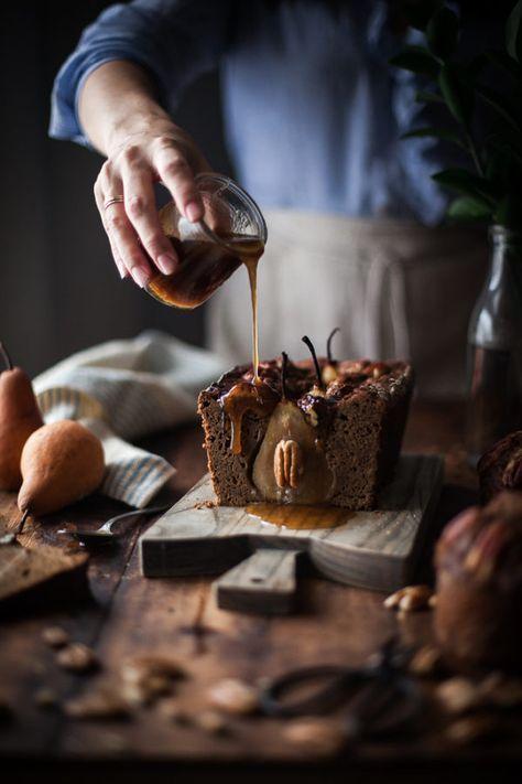 Lebkuchen-Pekannuss-Birnen-Kuchen + Ahorn-Karamell, #AhornKaramell #LebkuchenPekannussBirnenKuchen