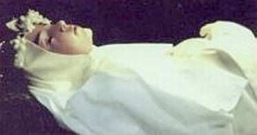 Incorrupt Bodies of the Saints: Saint Lambertini was born in 1322...this is how she looks now: She has remained in perfect uncorrupted condition...her body can be viewed in the cathedral in Bologna Italy