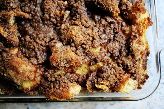 Cinnamon Baked French Toast - Pioneer Woman.  Make the night before & let soak overnight in fridge.  Pop in the oven in the morning.: French Toast Bake, Breakfast Casserole, Pioneer Woman, Cinnamon French Toast, Baked French Toast Casserole, Overnight French Toast