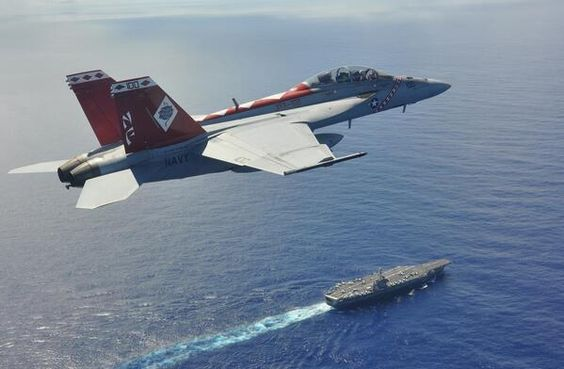 F/A-18F Super Hornet - VF-102 Diamond Backs flies above USS George Washington (CVN-73)
