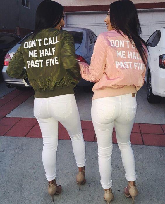 Những mẫu áo in chữ khá được lòng các cô gái trong năm nay với các slogan cá tính đem lại sự trẻ trung cho các cô nàng tuổi teen