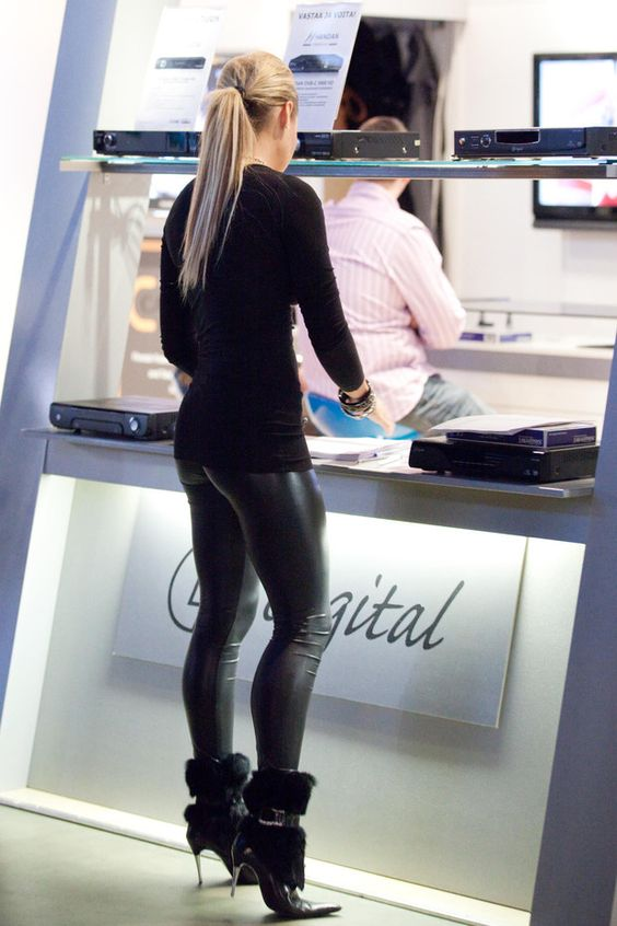 Leggings, Leather leggings and Sexy on Pinterest