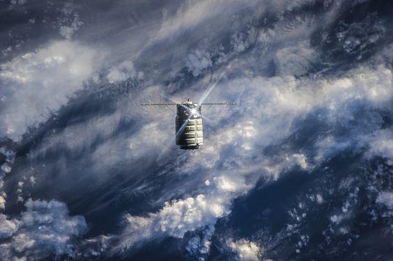 Astroperlas: La segunda nave Cygnus se separa de la ISS el 17 de febrero de 2014 (ESA).