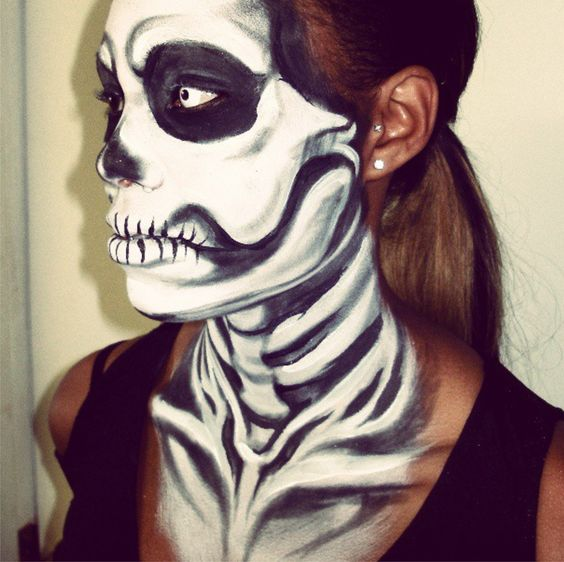 Art by Lana Chromium, face painting in UV colors, Blacklight paint, event make up, creative make up, face art, San Diego, Los  Angeles, glow in the dark, face paint, halloween, party, event, comic con costume ideas, bright make-up, bright colors, rave, skull face painting,