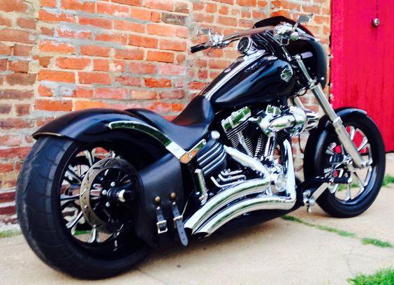 Custom 2011 Harley Davidson Rocker C - Harley Davidson Forums