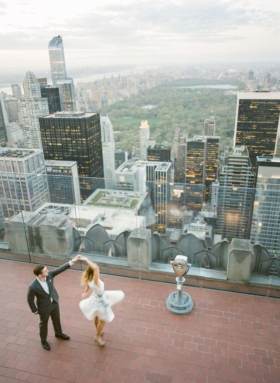 We might not get such an amazing view as this... but perhaps a London rooftop bar could be a fun pre-wedding shoot venue??