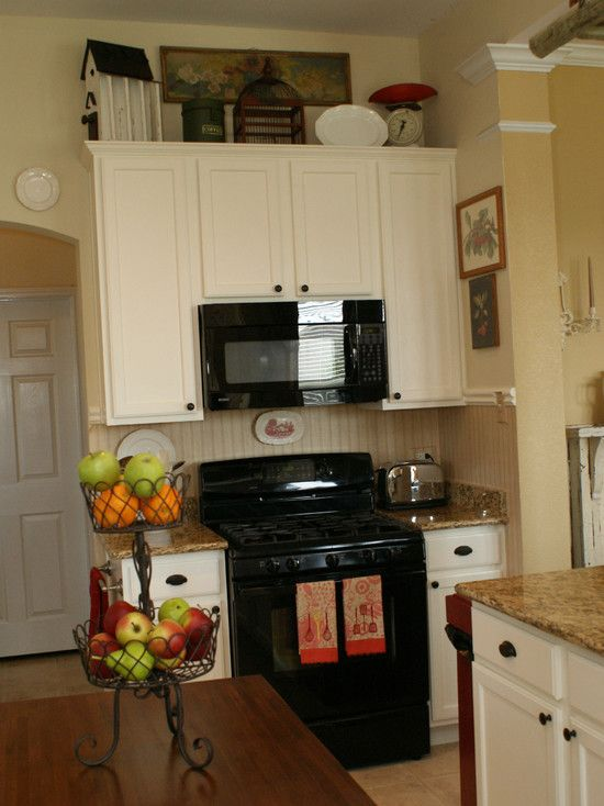 Kitchen black appliances design pictures remodel decor for Kitchen appliance layout ideas