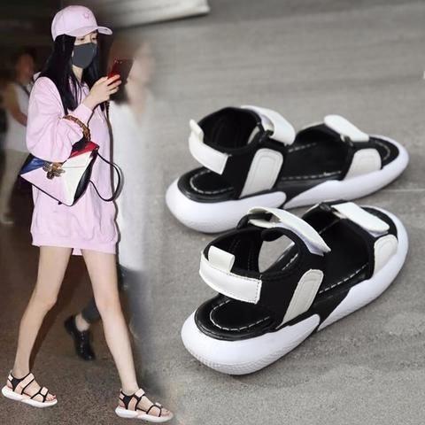 Korean shoes, Korean fashion