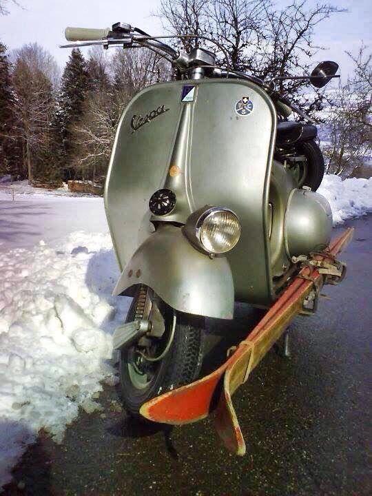 Snow vespa: