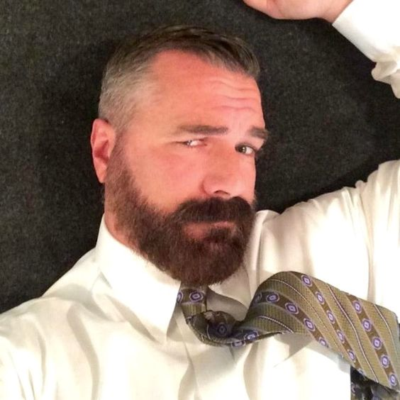 My Daddy is Hairy - over 36,000 followers: Archive