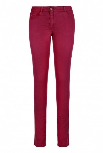 Garment dyed trousers at Long Tall Sally, your number one fashion retailer for tall womens clothing #tallgirl #tallwomen #tallfashion