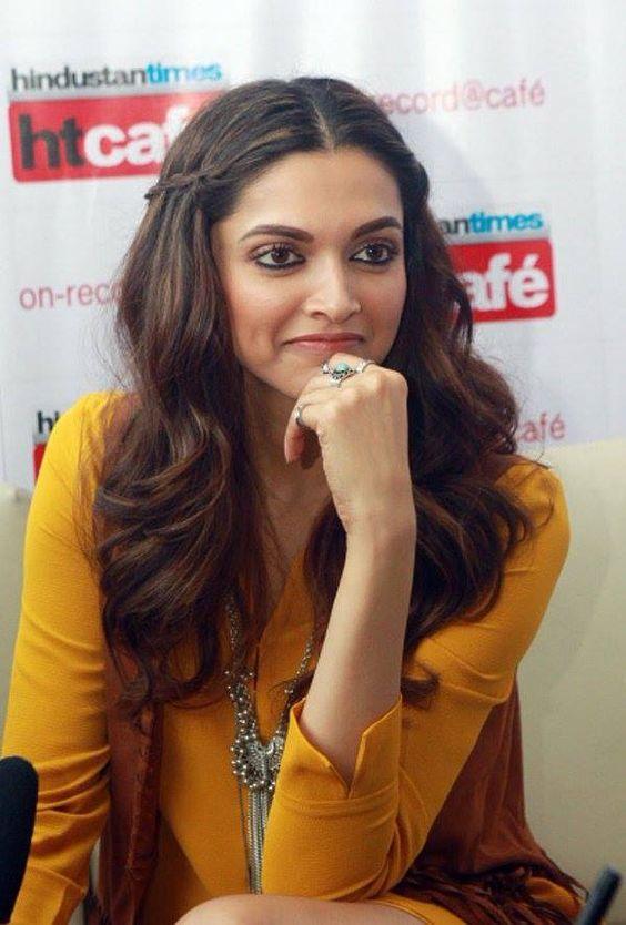 Deepika Padukone Bollywood Hairstyles Hair Styles Indian Hairstyles