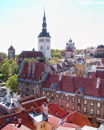 Tallinn, Estonia (by Jordi E)