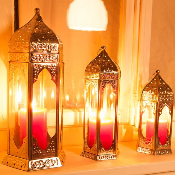 i have a complete obsession with candles and candle holders, here is an especially nice one!  ORIENTAL LOUNGE Lantern H 28 cm - Butlers England