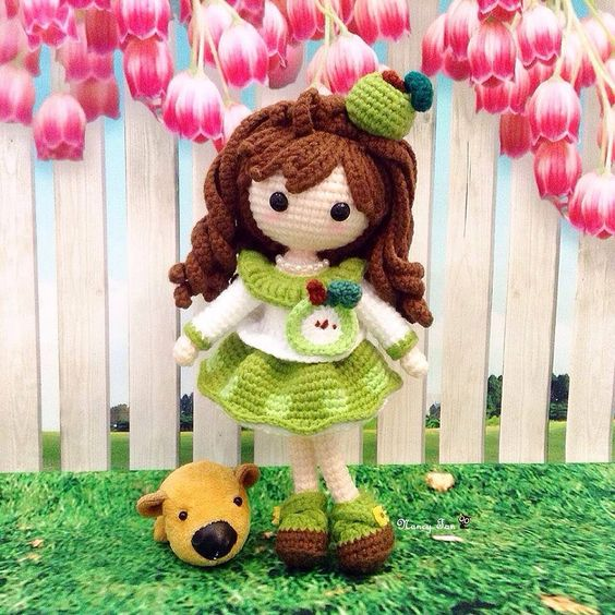 An apple a day keeps the doctor away ~ Green Apple Dolly 苹小果