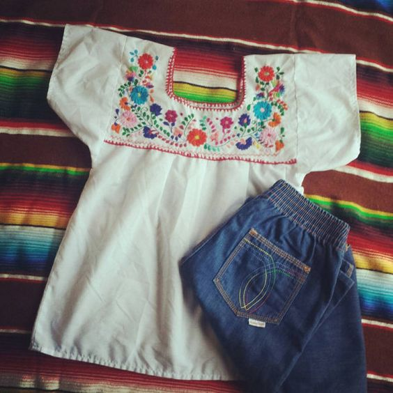 Mexican embroidered top/ vintage hippie embroidery by BohoRain